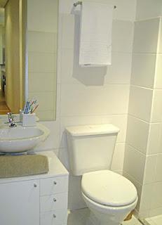 bancada-para-banheiros-pequenos-252845-8